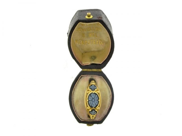 boxed veiw Georgian onyx memorial ring, circa 1828.