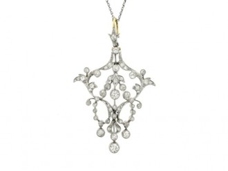 front view Edwardian diamond pendant, circa 1905.