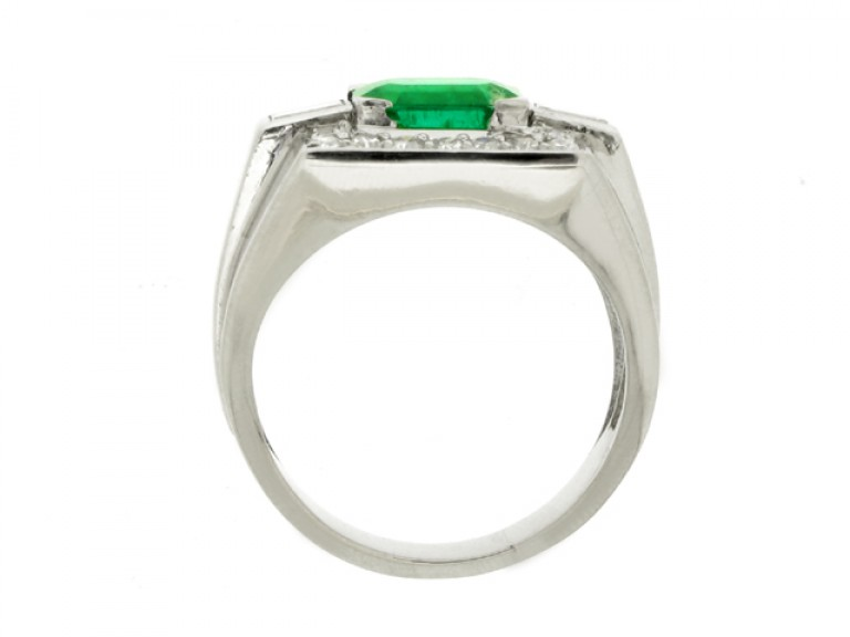 back view Emerald and diamond cocktail ring, French, circa 1940.