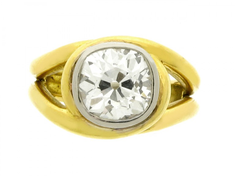 front view Solitaire cushion shape old mine diamond ring