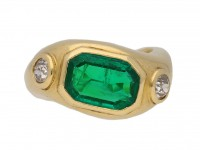 front Boucheron emerald diamond ring berganza hatton garden
