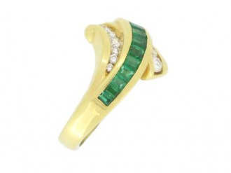 front view Krypell emerald and diamond ring, American, circa 1970's.