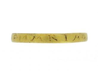 Gold ring, 'AVE MARIA' (Hail Mary), circa 17th century.
