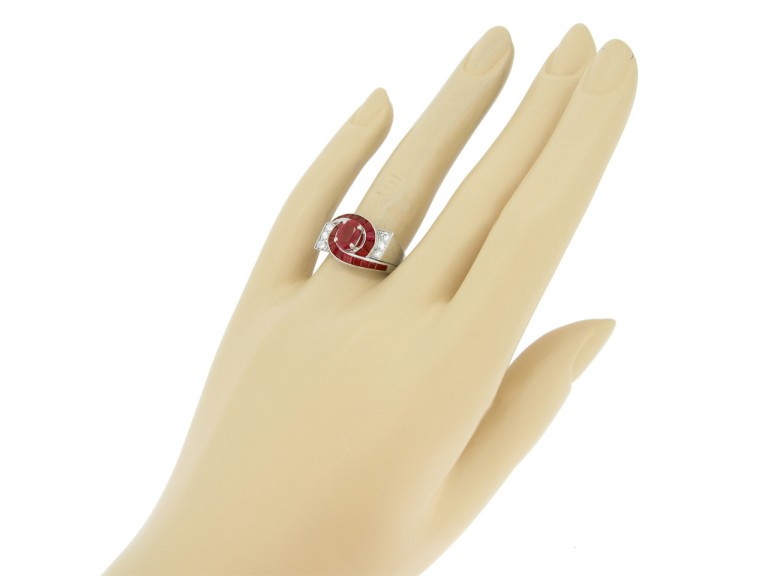 hand view Oscar Heyman Brothers ruby and diamond ring, circa 1960.