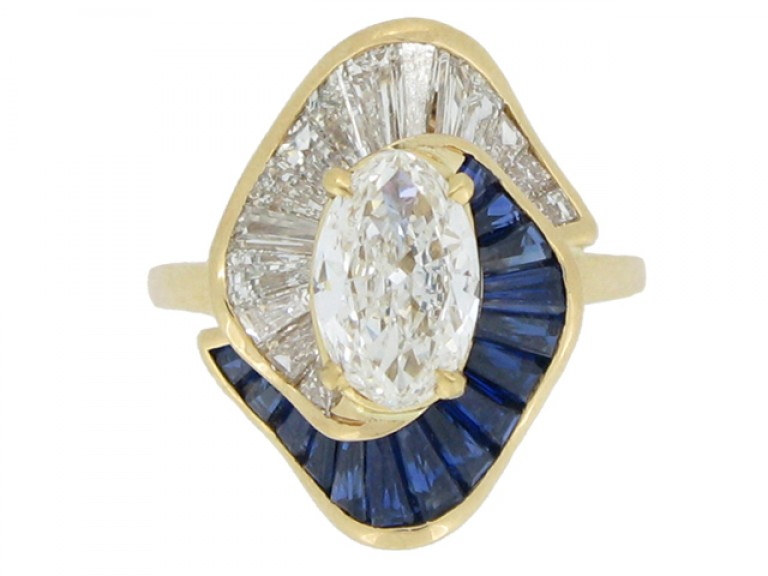 front view Oscar Heyman Brothers sapphire and diamond ballerina ring, circa 1976.
