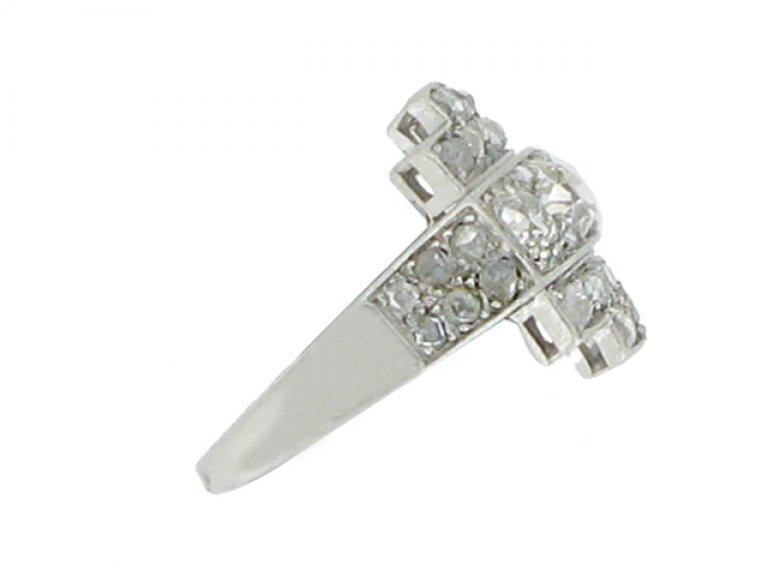 side view Art Deco diamond ring, circa 1930.