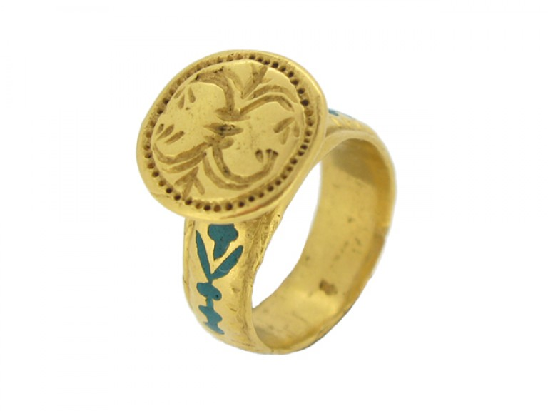 side view Ancient Byzantine gold and enamel ring, circa 8th   10th century AD.