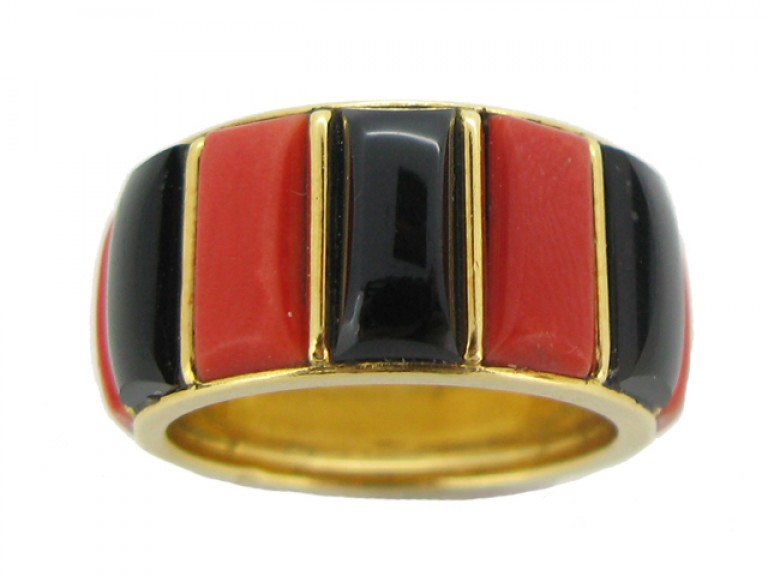 back view Cartier vintage coral & onyx ring, French, circa 1975.