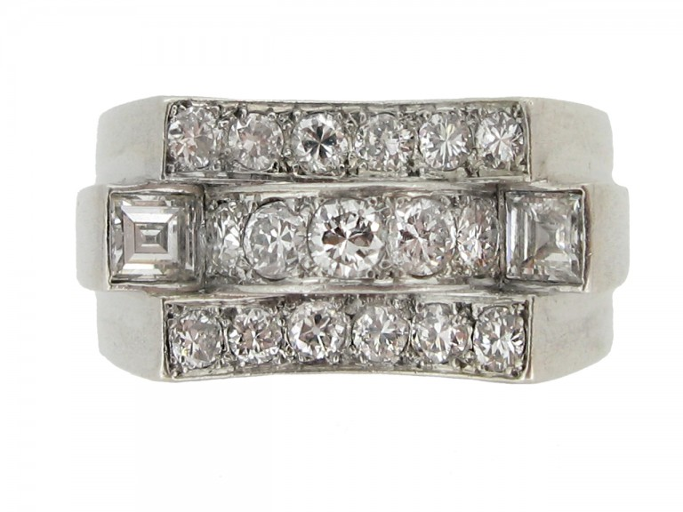 front view René Boivin Art Deco diamond cocktail ring designed by Juliette Moutard, circa 1934.