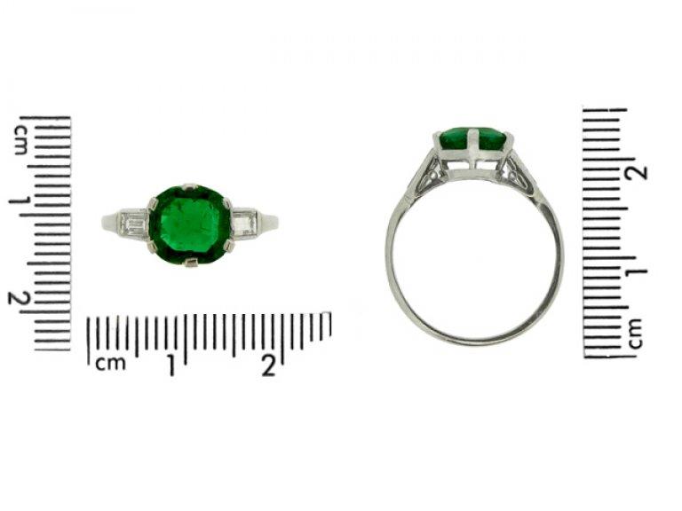size view Art Deco emerald and diamond ring, circa 1925.