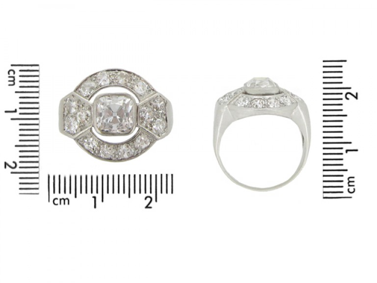 size view Art Deco diamond cluster ring
