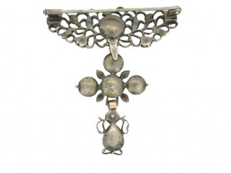 front view Georgian diamond brooch in silver