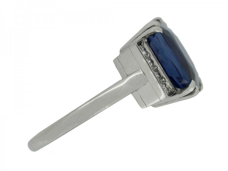 side view Art Deco natural sapphire ring with diamond set shoulders