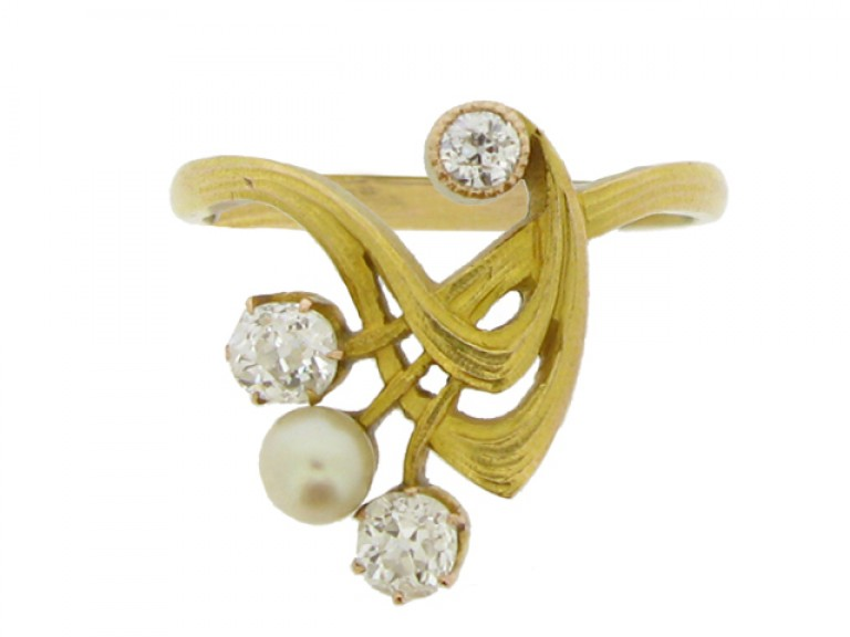 front view Art Nouveau diamond and pearl ring, circa 1900.