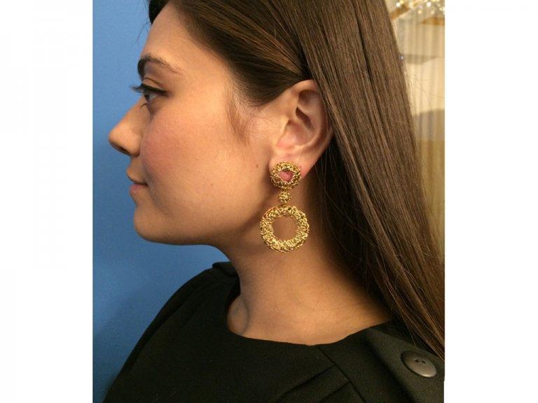 Vintage wreath earrings yellow gold berganza hatton garden