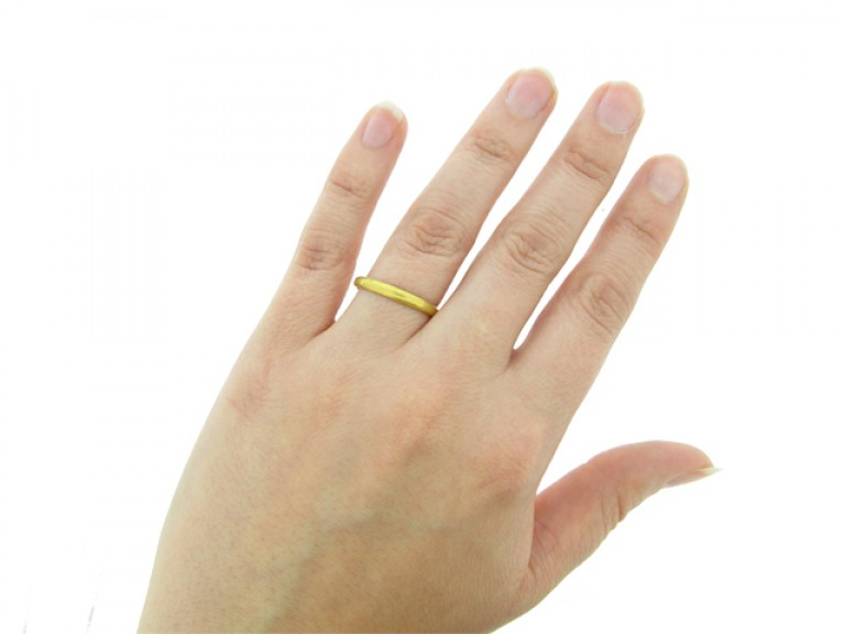 hand view Gold posy ring, 'Variety is the Beauty of ye World'
