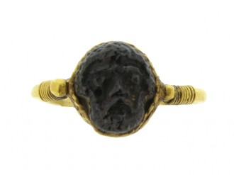 front view Roman gold cameo ring with face of Zeus, circa 1st   2nd century AD.