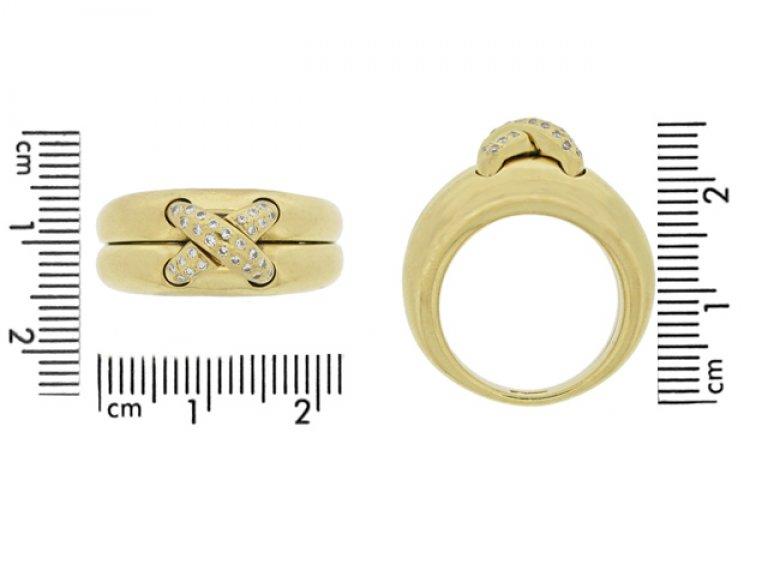 size view Chaumet diamond ring, circa 1990's.