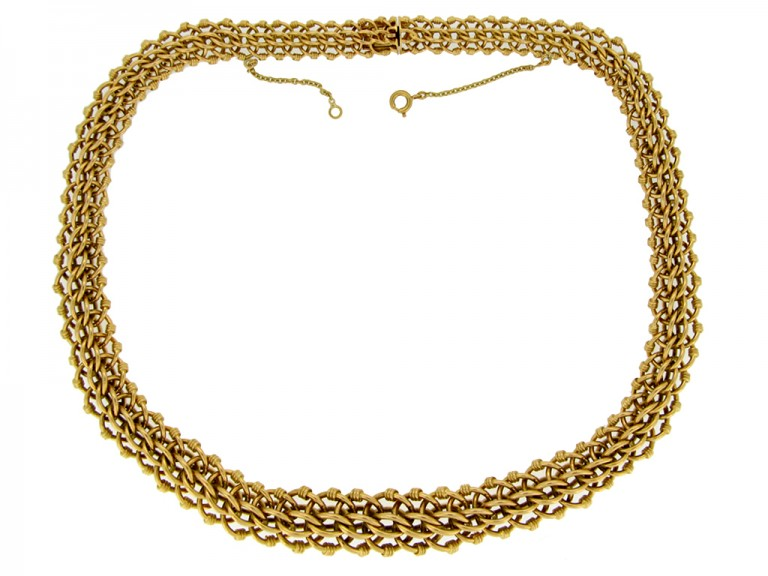 front view Vintage intricate chain necklace in 18 carat gold, French, circa 1940s.