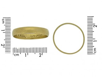 size view Gold posy ring, 'I give it thee to think on me',