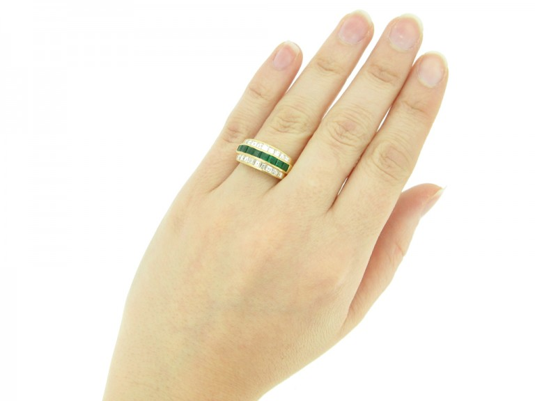 hand veiw Oscar Heyman Brothers vintage emerald and diamond ring