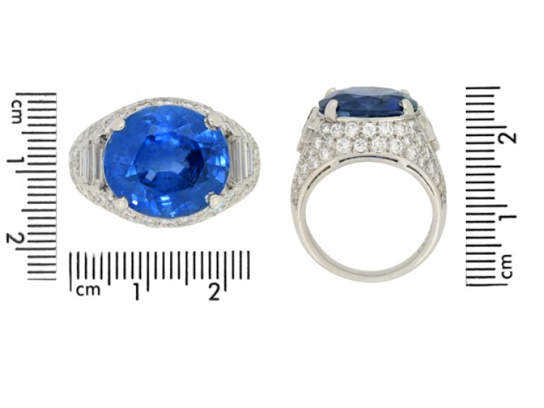 Oscar Heyman Brothers vintage sapphire and diamond ring, American, circa 1960s.