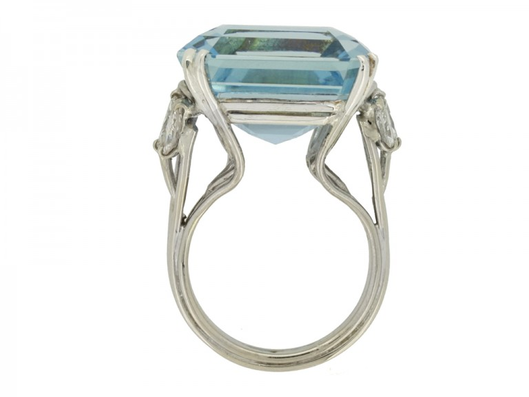 back view Aquamarine and diamond cocktail ring