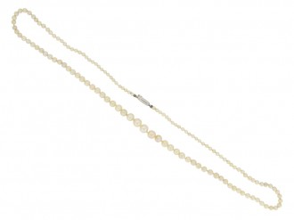 Natural pearl necklace berganza hatton garden