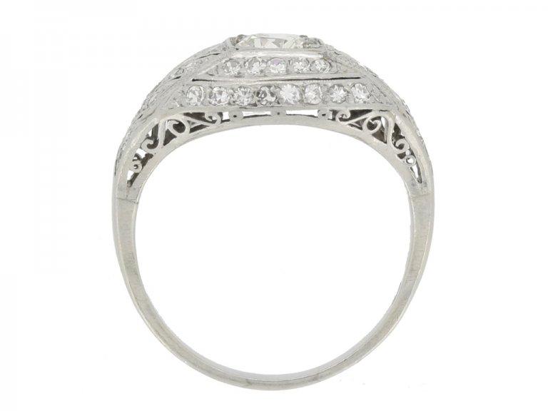 side veiw Art Deco diamond cluster ring, circa 1930.