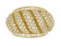 front veiw Van Cleef & Arpels vintage diamond dress ring