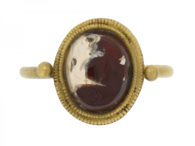 front view Ancient Roman gold ring with intaglio of Victoria