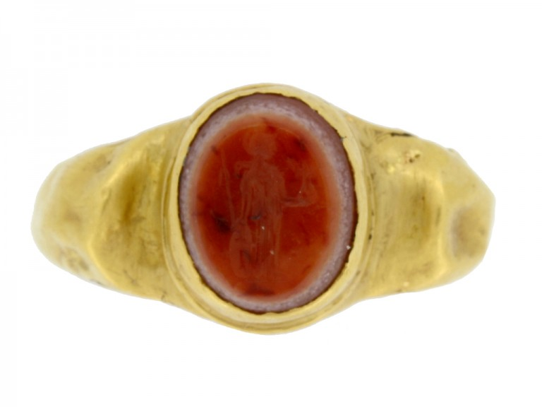front view Ancient Roman gold ring with agate intaglio of Minerva