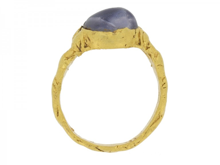 back view Medieval zoomorphic sapphire ring, circa 12th   14th century.
