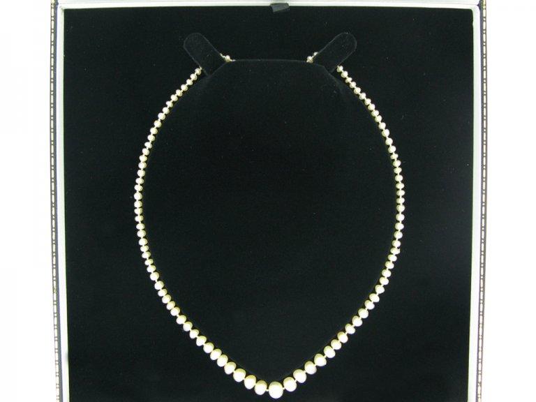 Natural pearl necklace berganza hatton garden