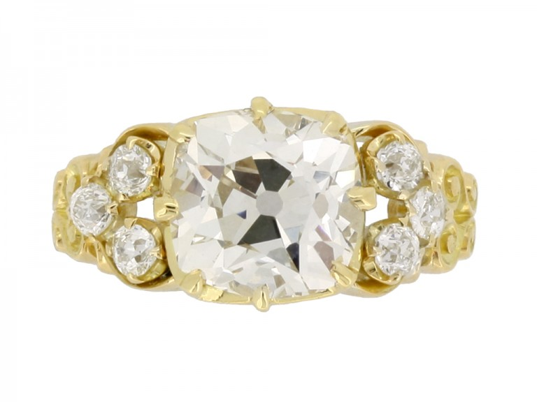 front view Antique old mine diamond ring
