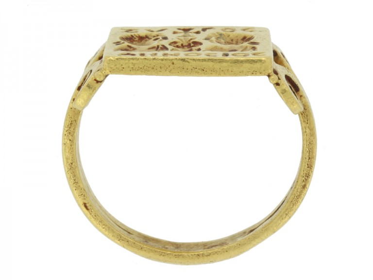 Early Byzantine gold marriage ring, circa 4th century AD. berganza hatton garden