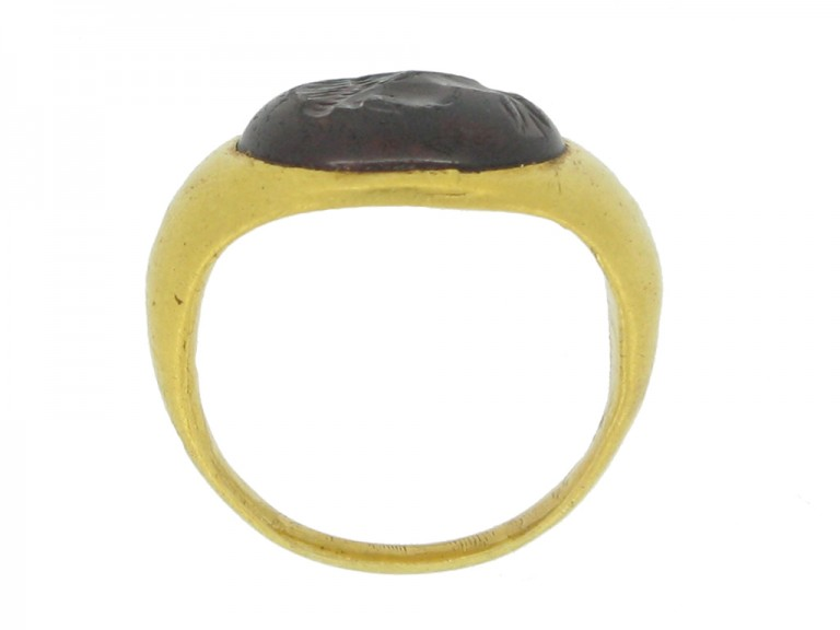 back view Ancient Roman gold ring