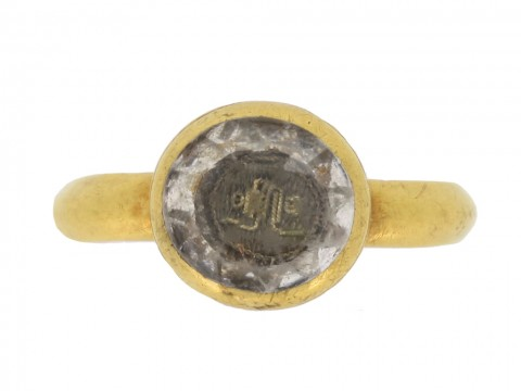 front view Stuart rock crystal love knot ring, circa 17th century.