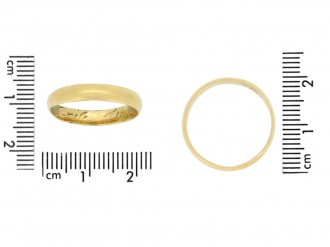 size view gold posy ring berganza hatton garden