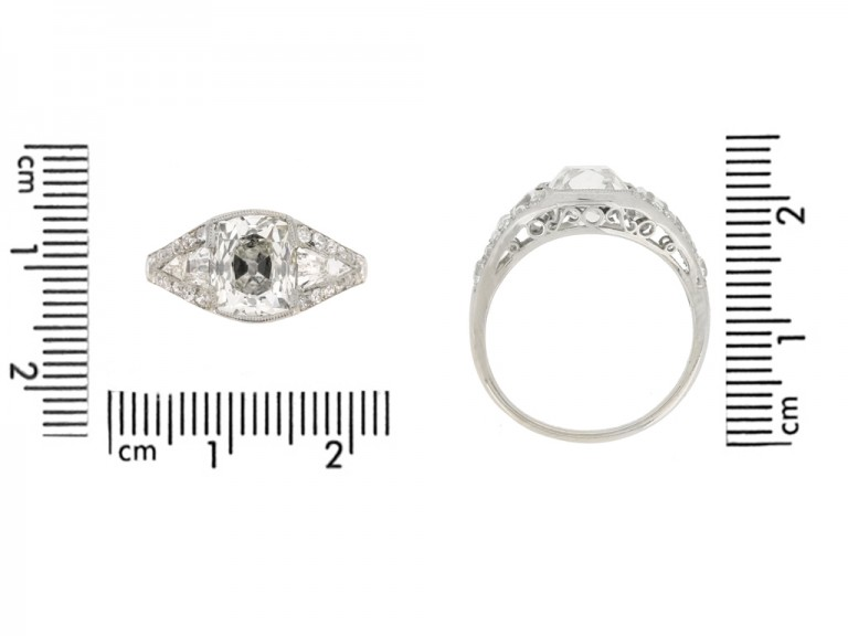size view Art Deco diamond engagement ring