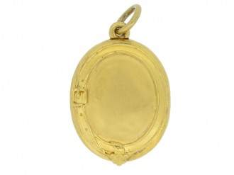 Victorian gold locket with horseshoe berganza hatton garden
