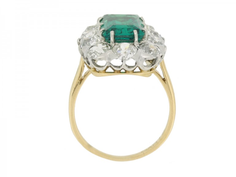 back view Chaumet emerald diamond ring berganza hatton garden