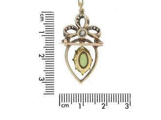 Victorian peridot and diamond pendant,Victorian peridot and diamond pendant,