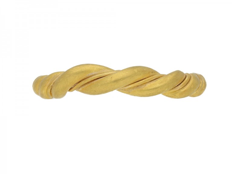front view Viking gold double twisted ring