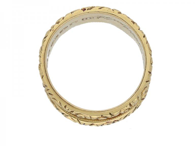 Ceylon sapphire and diamond cluster ring, circa 1930.