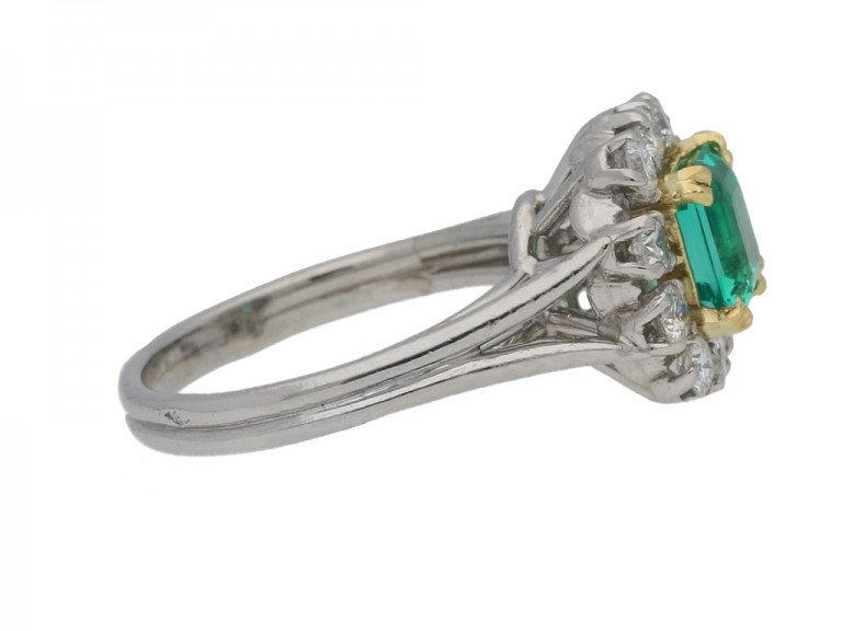 side view Vintage Colombian emerald and diamond cluster ring, French, circa 1950s.