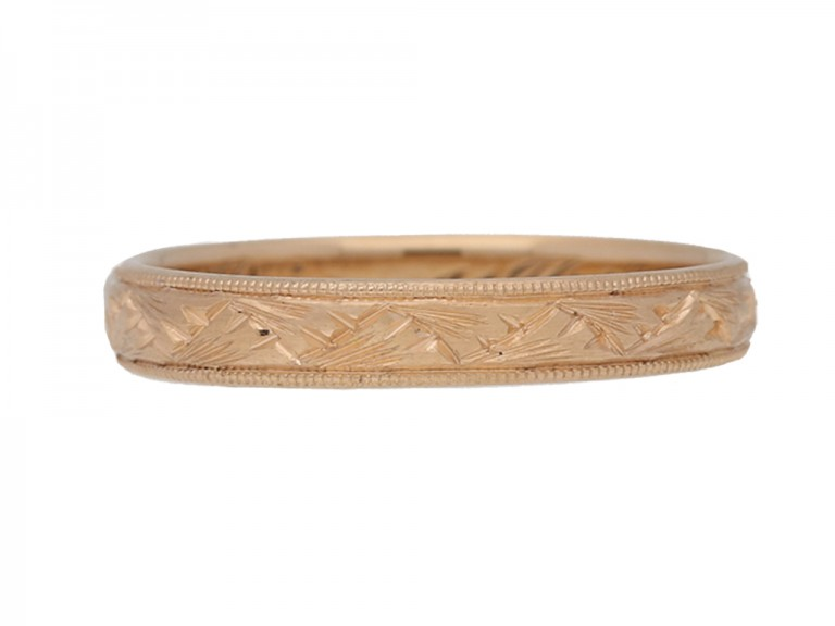 front view Wedding ring in rose gold, circa 1913.