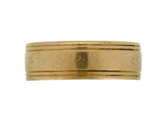 Wedding ring in 18ct yellow gold, circa 1960.