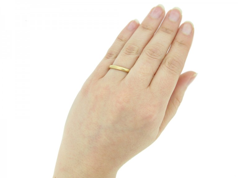 Antique 18 carat yellow gold wedding ring berganza hatton garden