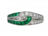 front view Vintage emerald and diamond ring by Oscar Heyman Brothers, circa 1960s.
